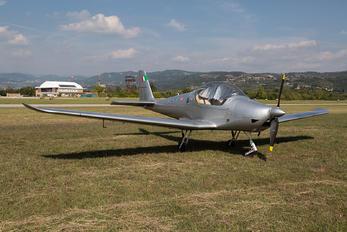 I-B158 - Private Skyleader Skyleader 200