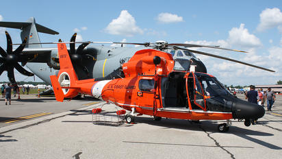 6572 - USA - Coast Guard Aerospatiale MH-65C Dolphin