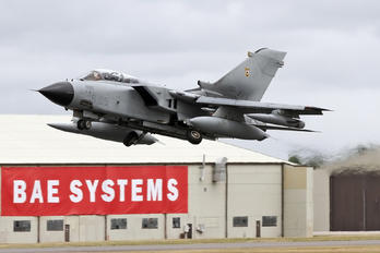 MM7025 - Italy - Air Force Panavia Tornado - IDS