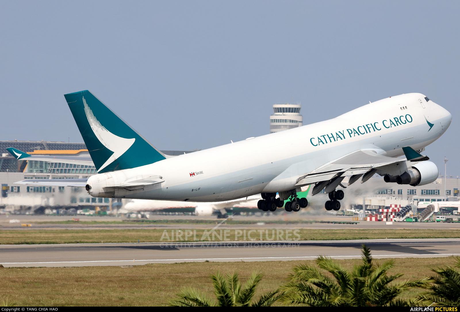 Cathay Pacific Cargo B-LIF aircraft at Taipei - Taoyuan Intl