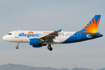 N325NV - Allegiant Air Airbus A319