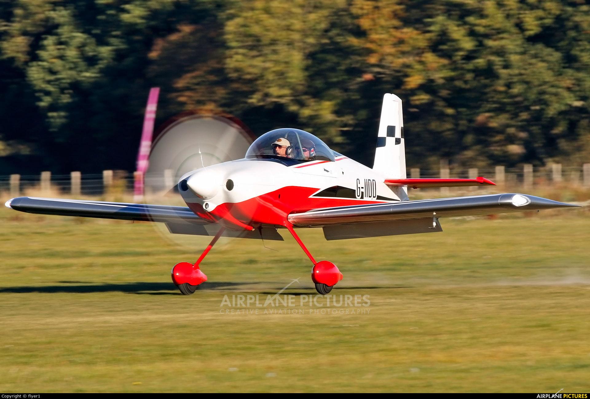 Private G-IIDD aircraft at Lashenden / Headcorn