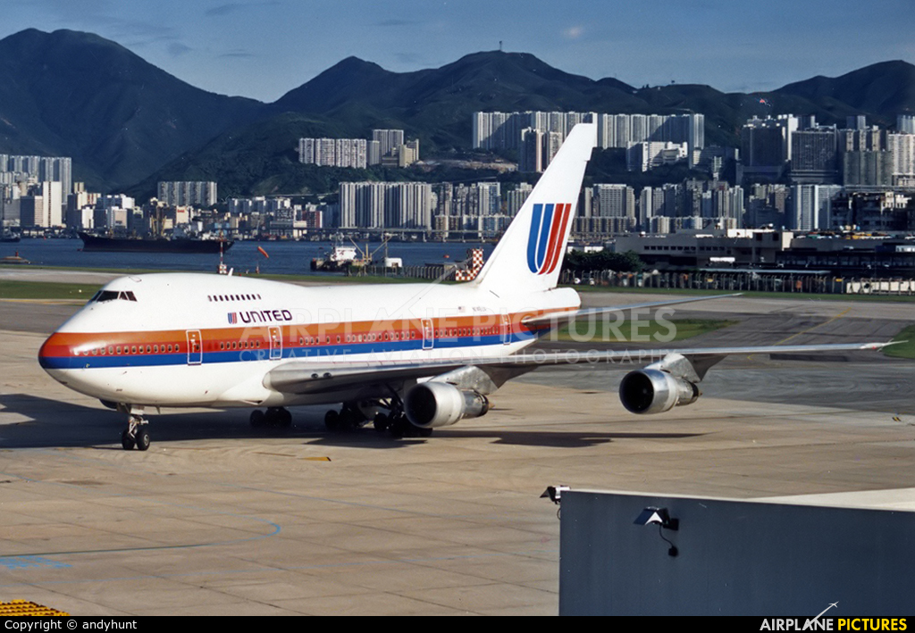 United Airlines N146UA aircraft at HKG - Kai Tak Intl CLOSED