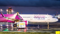 Wizz Air HA-LXS image