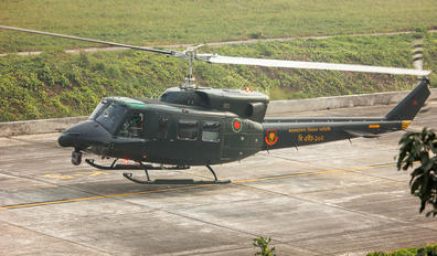 BH-102 - Bangladesh - Air Force Bell 212