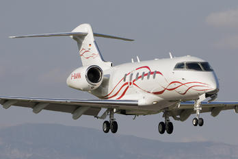 D-BANN - Private Bombardier BD-100 Challenger 300 series