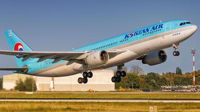 HL7552 - Korean Air Airbus A330-200