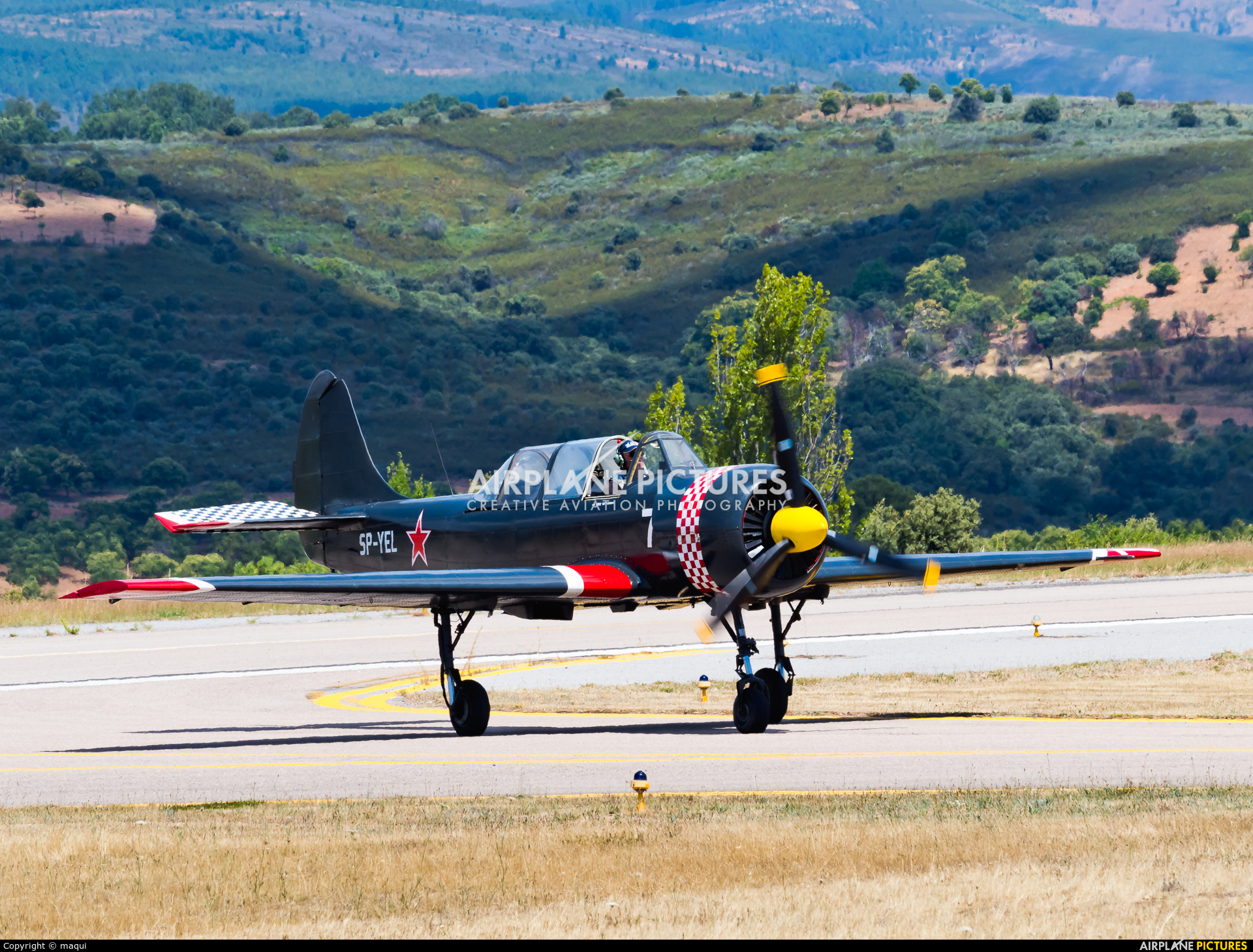Yakstars SP-YEL aircraft at Bragança