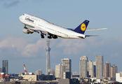 D-ABYS - Lufthansa Boeing 747-8 aircraft