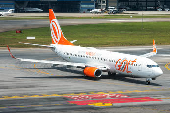 PR-GGT - GOL Transportes Aéreos  Boeing 737-800