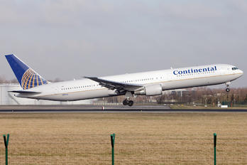 N67052 - Continental Airlines Boeing 767-400ER