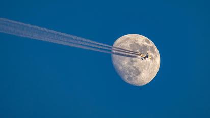 A6-EUQ - Emirates Airlines Airbus A380