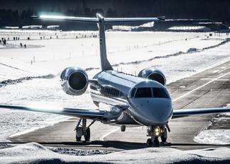 OE-LLG - MJet Aviation Embraer EMB-135BJ Legacy 600
