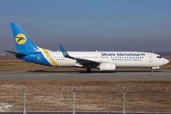 UR-UIC - Ukraine International Airlines Boeing 737-800