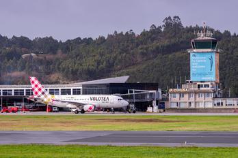 EC-NCB - Volotea Airlines Airbus A319