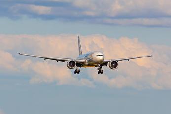 D-AALK - AeroLogic Boeing 777F