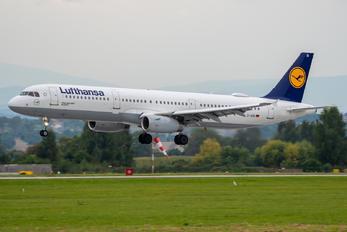 D-AISI - Lufthansa Airbus A321