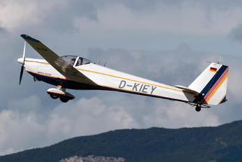 D-KIEY - Private Scheibe-Flugzeugbau SF-25 Falke