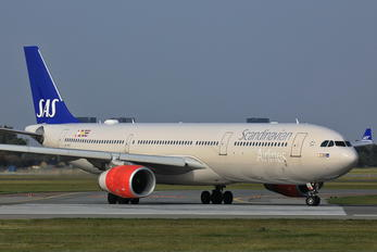 LN-RKS - SAS - Scandinavian Airlines Airbus A330-300