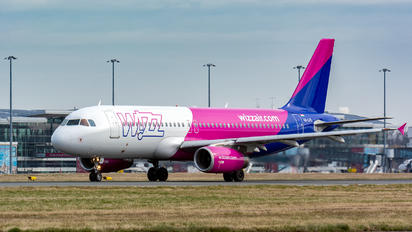HA-LPL - Wizz Air Airbus A320