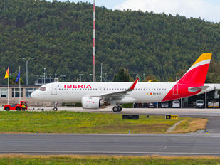 EC-NJY - Iberia Airbus A320 NEO