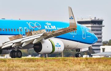 PH-BCK - KLM Boeing 737-800