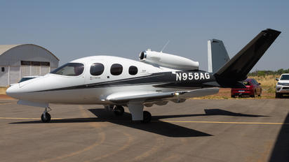 N958AG - Private Cirrus Vision SF50