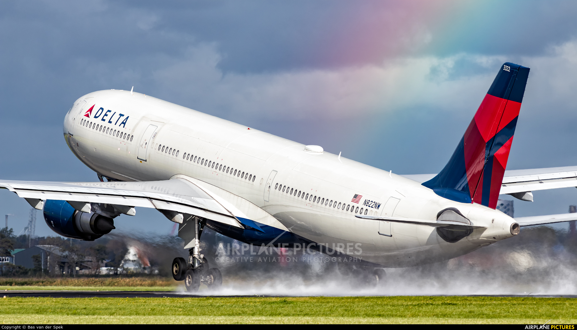 Delta Air Lines N822NW aircraft at Amsterdam - Schiphol