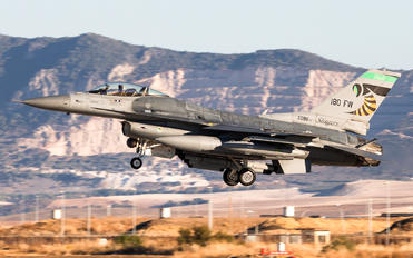 89-2098 - USA - Air Force General Dynamics F-16CG Night Falcon