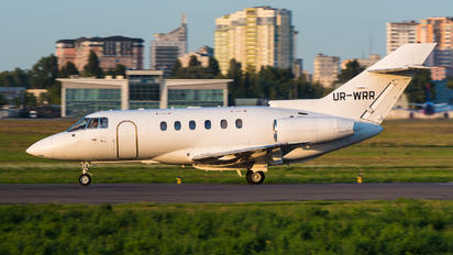 UR-WRR - Windrose Air Raytheon Hawker 800XP