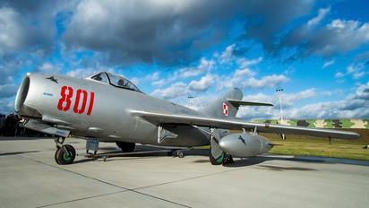 801 - Poland - Air Force PZL Lim-2