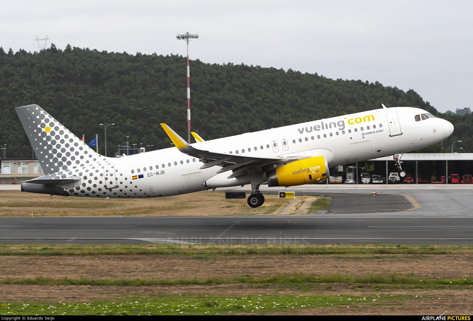 Vueling Airlines EC-MJB aircraft at La Coruña