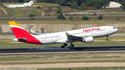 EC-MJT - Iberia Airbus A330-200