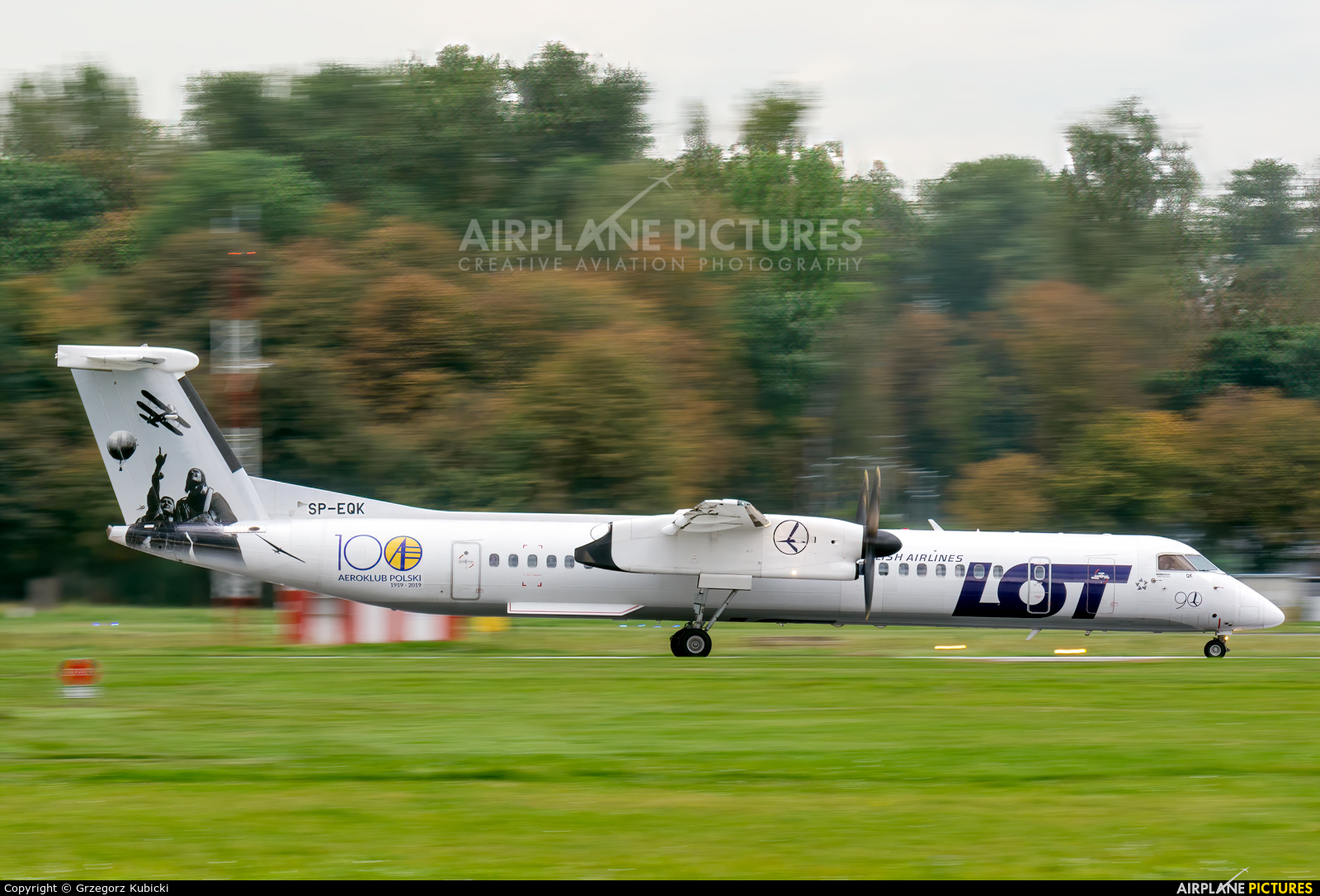 LOT - Polish Airlines SP-EQK aircraft at Kraków - John Paul II Intl