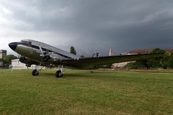 N341A - Legend Airways of Colorado Douglas DC-3