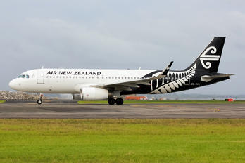 ZK-OXJ - Air New Zealand Airbus A320