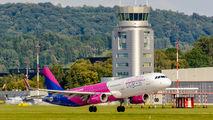 HA-LXC - Wizz Air Airbus A321 aircraft