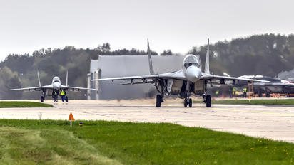 83 - MiG Design Bureau Mikoyan-Gurevich MiG-29
