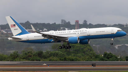 99-0003 - USA - Air Force Boeing C-32B