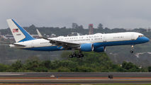 American officials visited Brasilia with Boeing C-32 title=