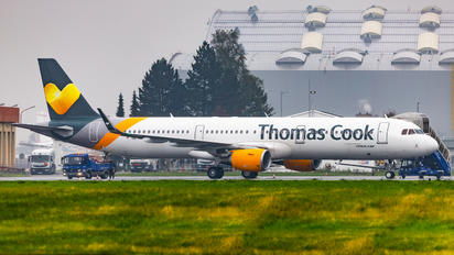 OE-IOF - Thomas Cook Airbus A321