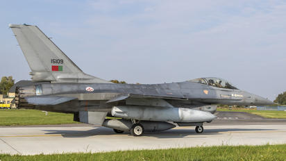 15109 - Portugal - Air Force General Dynamics F-16A Fighting Falcon