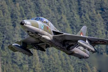 HB-RVW - Private Hawker Hunter T.68
