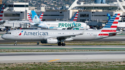 N110AN - American Airlines Airbus A321
