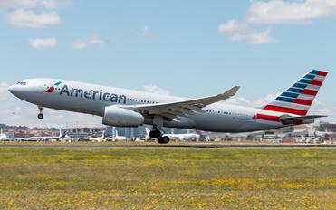 N281AY - American Airlines Airbus A330-200