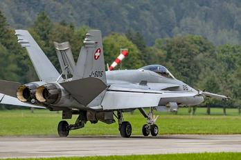 J-5015 - Switzerland - Air Force McDonnell Douglas F/A-18C Hornet