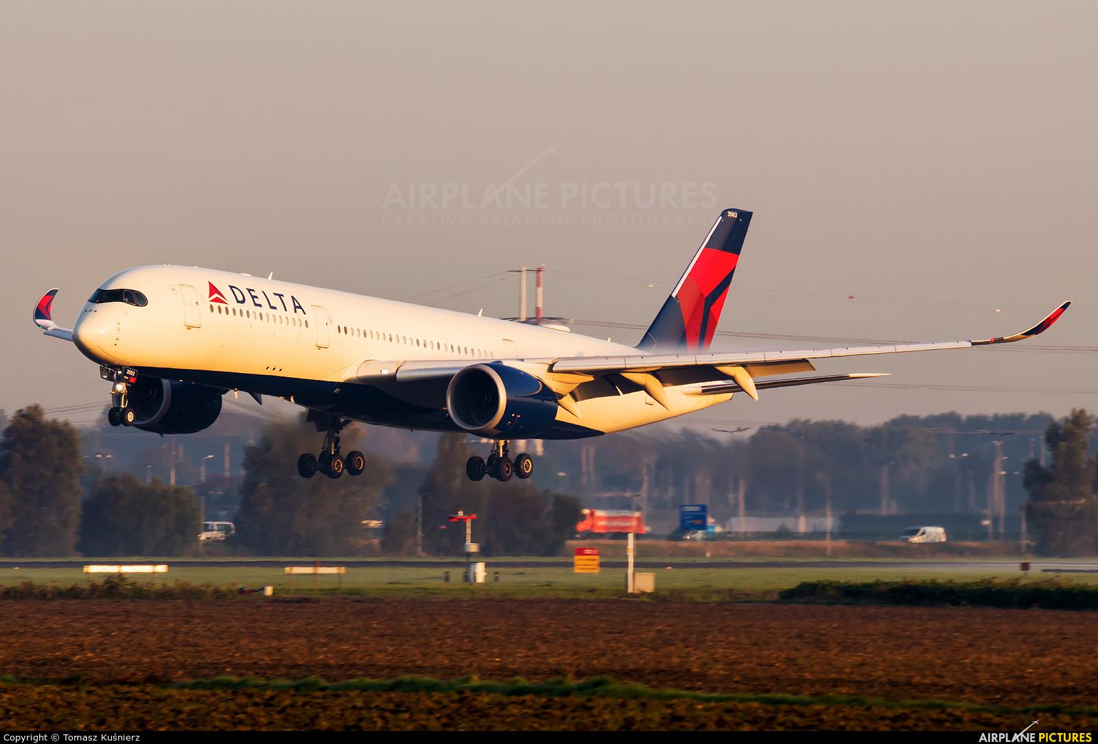 Delta Air Lines N503DN aircraft at Amsterdam - Schiphol