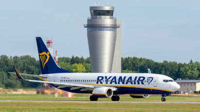 SP-RSO - Ryanair Sun Boeing 737-8AS