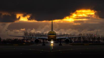 G-DHKP - DHL (Aerologic) Boeing 757-223(SF)