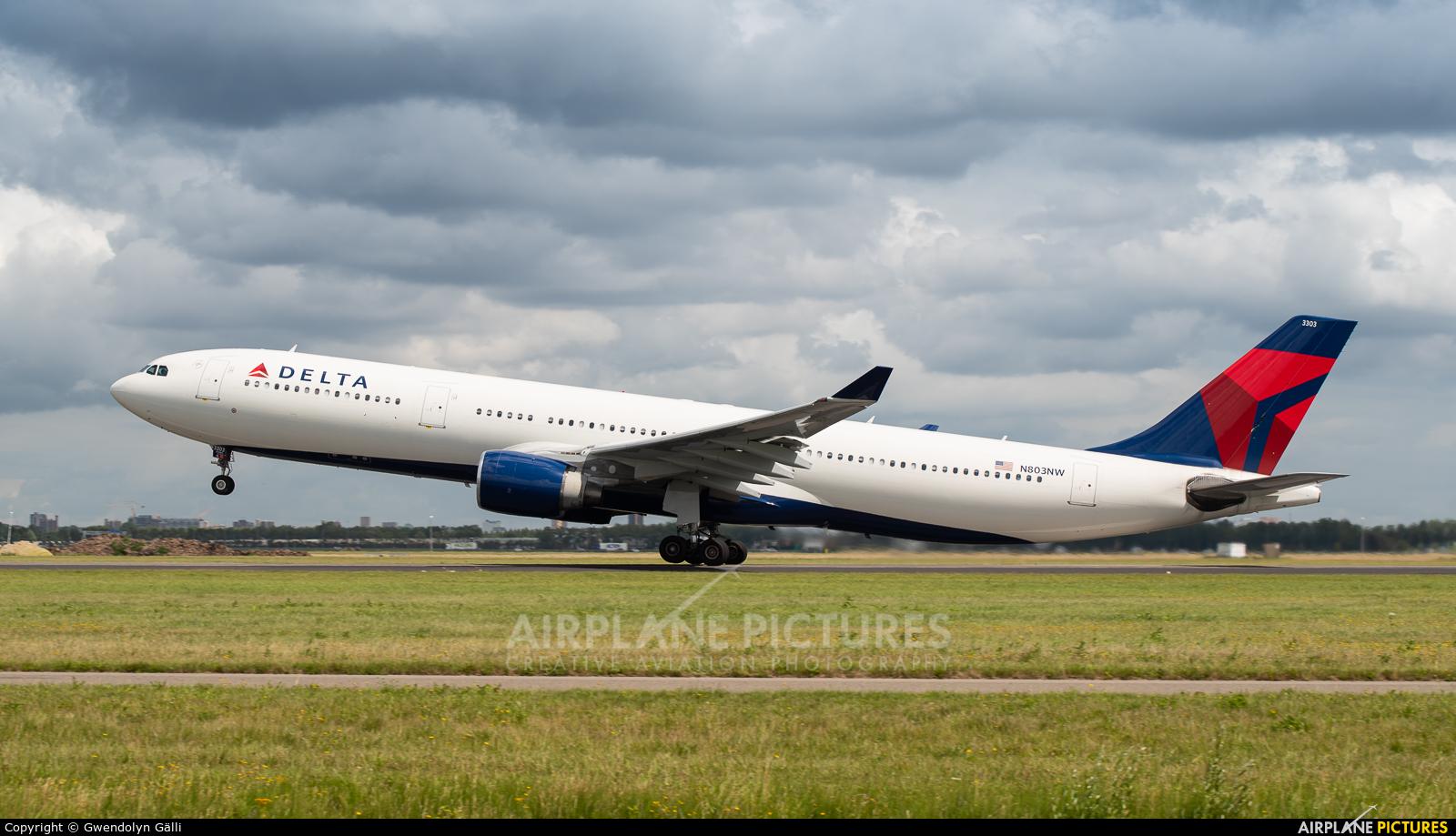 Delta Air Lines N803NW aircraft at Amsterdam - Schiphol